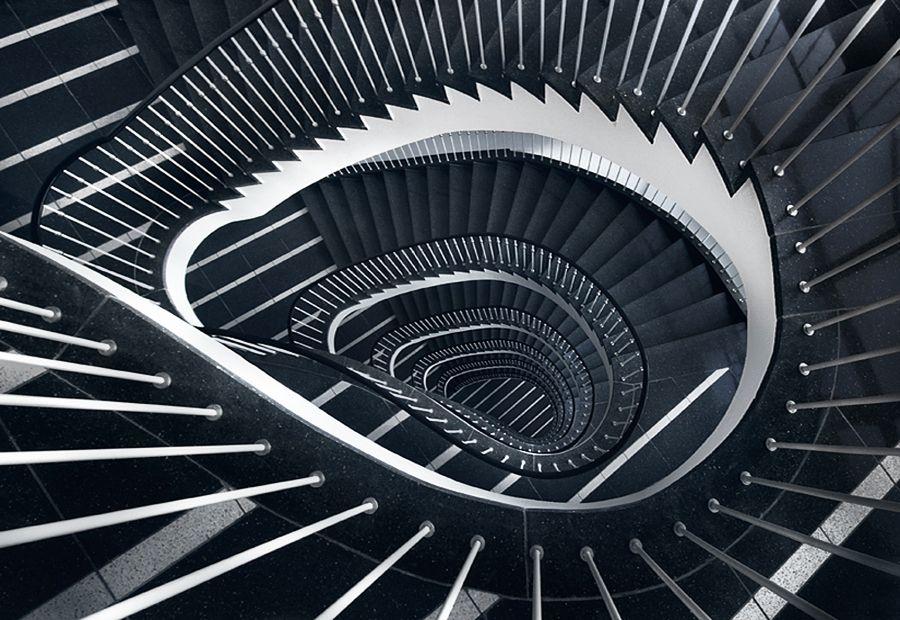 پله مارپیچ