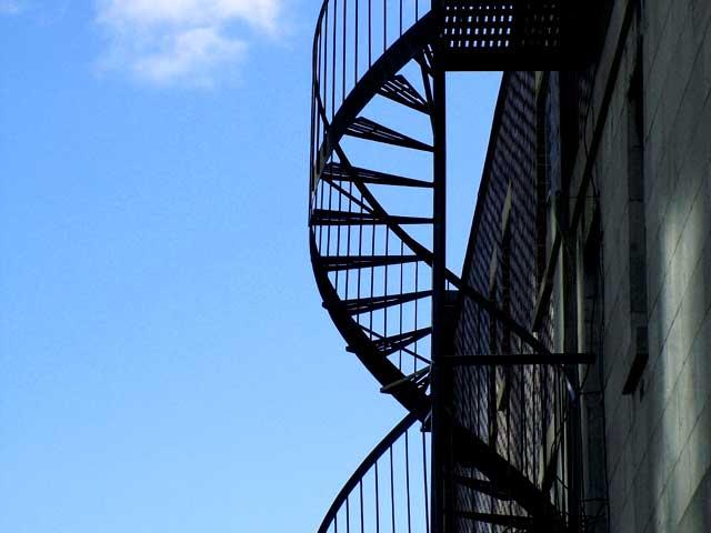 پلان پله فرار ساختمان